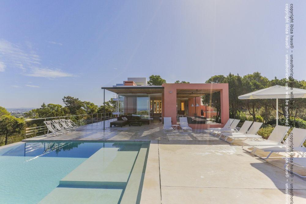 Exklusive Ibiza Luxus Villa Can Cristal - und weitere Bauhaus Stil ...